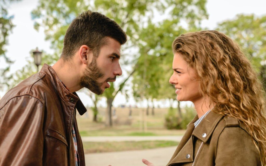why-giving-an-ultimatum-in-a-relationship-is-damaging